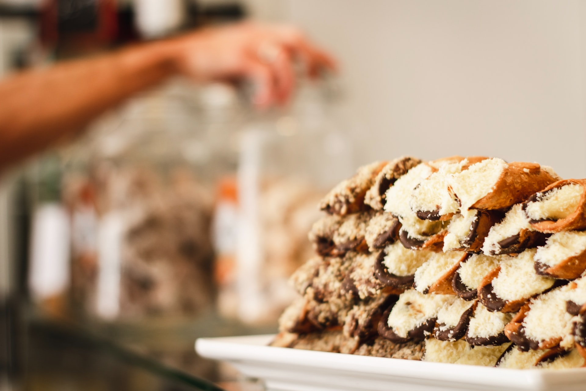Don't Miss the Rum Cake at Vaccaro's Italian Pastry Shop