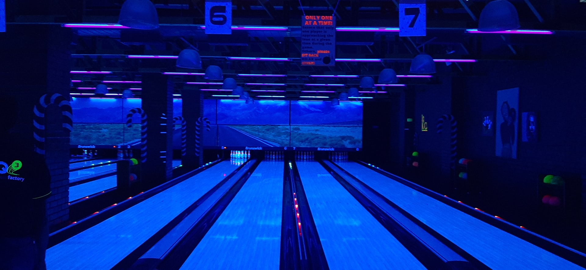 Sip a Cocktail, Bowl a Strike at Mustang Alley's